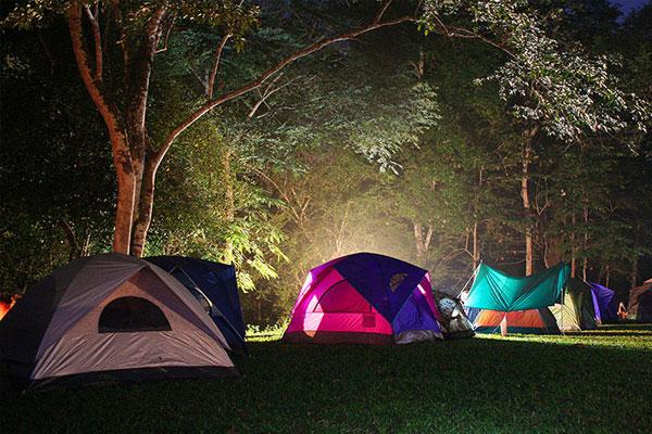 Camping & Glamping 2018